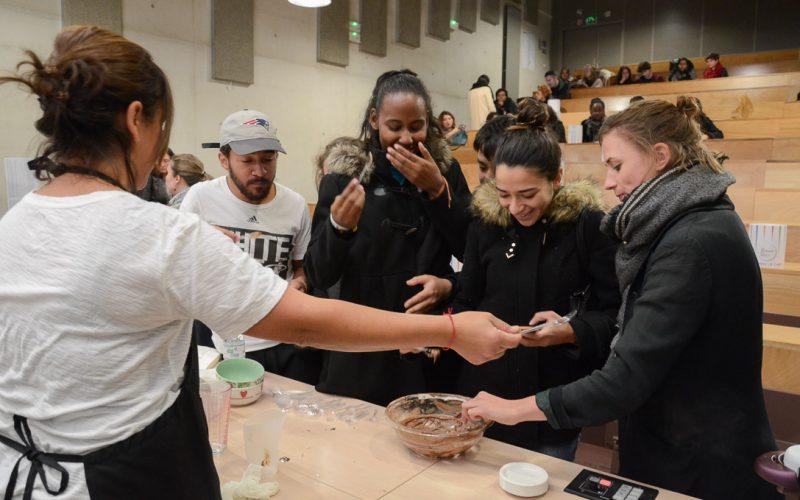 La Semaine du Goût 2016, cours de cuisine avec Gérard Cagna, Chef étoilé, Université Paris Diderot, Paris 13 ème, Photo © Vincent Gramain